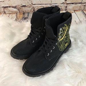 Shoes - Lion Graphic Canvas Combat Boots NWOT